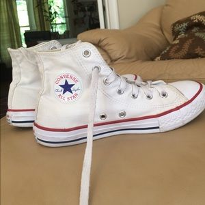Converse Shoes - White hightop Converse